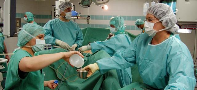 Leistenbruch-OP am Gertrudis-Hospital (Foto: SMMP/Bock)