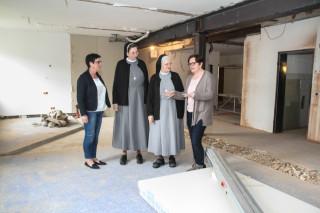 Freuen sich auf die neue Senioren-WG (v.l.): Annette Longinus Nordhorn, Sr. Anna Maria Hovest, Sr. Pia Elisabeth Hellrung und Andrea Starkgraff. Foto: SMMP/Bock