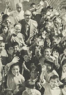 Zeitdokument: Sr. Johanna Bernarda Schauerte besucht Ende 1979 die Waisenkinder von Oruro. kontinente berichtet darüber. Foto: Archiv