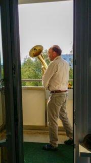 Hört die Signale: In Jena machte ein Gast auf seine Weise auf die offene Tür aufmerksam. (Foto: SMMP/Stengel)