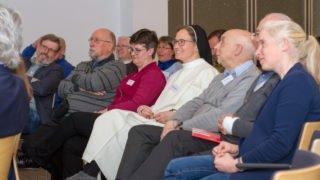 Die Reakteure und Herausgeber-Vertreter suchen nach den richtigen Antworten auf die kniffeligen Fragen. Foto: SMMP/Ulrich Bock