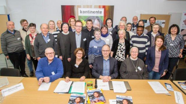 Zufrieden mit den Ergebnissen fahren die 30 Redakteurinnen und Redakteure sowie Vertreterinnen und Vertreter der Herausgeber wieder nach Hause. Foto: SMMP/Ulrich Bock