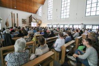 Bis zur letzten Reihe waren in der Dreifaltigkeitskirche alle Plätze besetzt. Foto: SMMP/Ulrich Bock