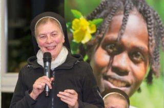 Schwester Theresita Maria Müller stellte die Frage, ob die Kirche in Deutschland vielleicht noch zu groß ist, um sich zu bewegen. Foto: SMMP/Ulrich Bock