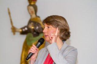 Moderatorin Claudia Auffenberg mahnte zum Abschluss des Forums, wachsam zu bleiben. Foto: SMMP/Ulrich Bock
