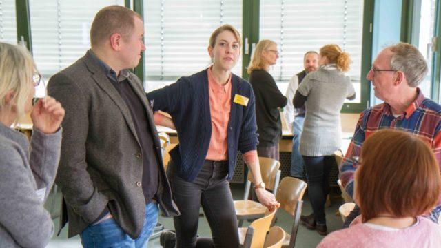 """Engagierte Diskussionen gab es am Freitag in den Workshops des Bildungskongresses am Engelsburg-Gymnasium - sow ie hier im Wkrkshop """"Lernen ist das, was uns zustößt, während wir uns geerade etwas ganz anderes vorgenommen haben."""" Foto: SMMP/Ulrich Bock"""